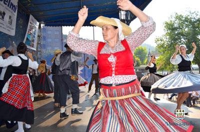 Festival de Folclore encheu Praça Central