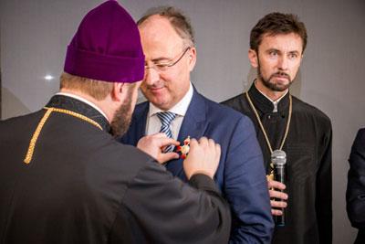 """Eurodeputado distinguido pela """"defesa dos valores europeus e cristãos"""""""