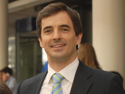 Vieirense reeleito  presidente duma Federação Internacional