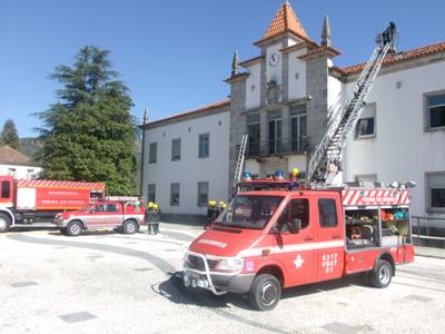 Simulacro de incêndio no edifício dos Paços do Concelho