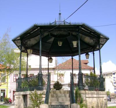 Obras na Praça Guilherme de Abreu e Rua Luís de Camões