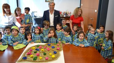 Alunos do pré-escolar visitam Paços do Concelho
