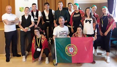 Professores e alunos em intercâmbio cultural na Polónia