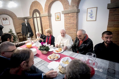 O Palácio dos sem-abrigo com vista para o Vaticano