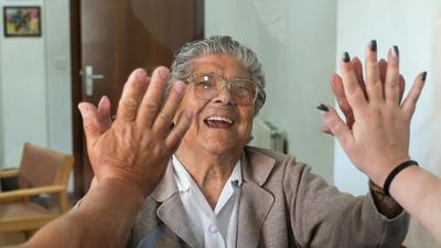 Visitas a lares de idosos abrem a 18 de Maio