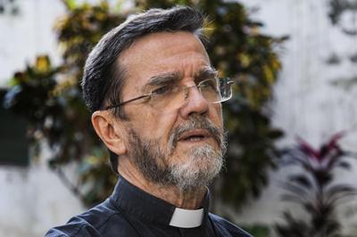 Bispo pede ajuda e solidariedade