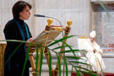 Papa legisla sobre papel das mulheres na Igreja