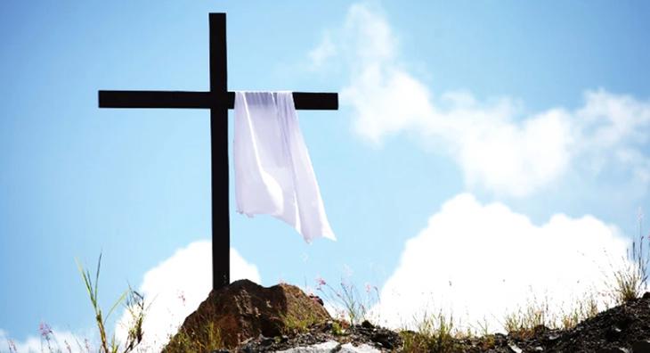 Cristo ressuscitado em Páscoa sem compasso