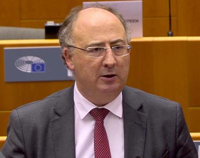 Euro-deputados escrevem aos governos de Portugal e Espanha a alertar para o caos nas fronteiras