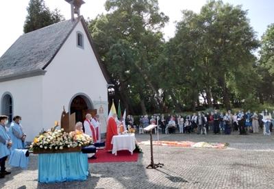Festa da Mãe Peregrina no Jardim de Maria