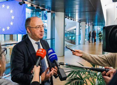 60 mil milhões de euros a fundo perdido